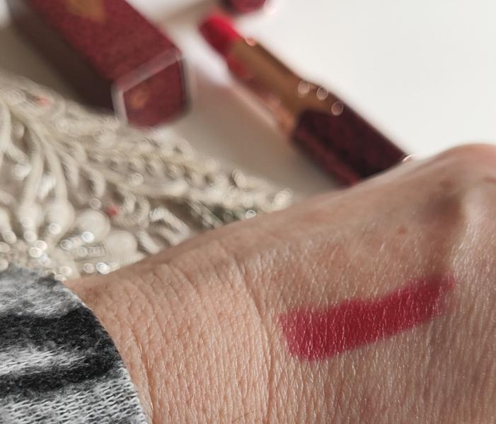 Charlotte Tilbury Hot Lips Patsy  Red